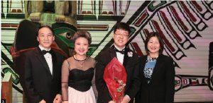 The Ottawa Symphonic Ensemble and Korean embassy hosted a gala at the Museum of Civilization. From left, Korean Ambassador Chan ho Ha, Canada-Korea Society president Young-Hae Lee, conductor Jung-Suk Ryu and Senator Yonah Martin. (Photo: Kim Young-Hwan)