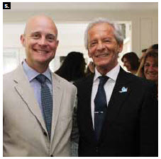 Argentine chargé d'affaires Jose Nestor Ureta, right,  hosted a reception to mark Argentina's national day. He's shown with Guatemalan Ambassador Georges de la Roche. (Photo: Sam Garcia)