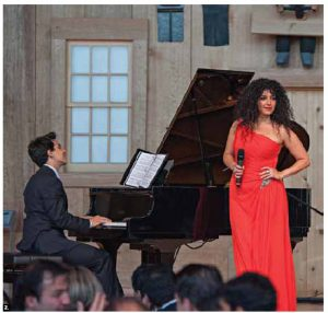 The Arab ambassadors of Ottawa held a gala and award ceremony at the Canadian Museum of History, to honour the excellence of Canadians of Arab descent. Mezzo-soprano Julie Nesrallah, who performed at the event, was one of the award recipients. (Photo: M. Belmellat)