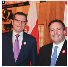Polish Ambassador Marcin Bosacki, shown here with Multiculturalism Minister Jason Kenney, hosted a Polish Freedom Gala at the Canadian Museum of History to celebrate Poland's National Day and several anniversaries (25 years of independence, 15 years in NATO and 10 years of EU membership). (Photo: Ulle Baum)