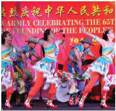 To mark the 65th anniversary of the founding of the People's Republic of China, Ambassador Luo Zhaohui and his wife, Jiang Yili, hosted a reception at the embassy, featuring live performances. (Photo: Ulle Baum)