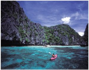 Tranquil El Nido in Palawan is a good choice for those who like the idea of hopping to and from 200 neighbouring islands. (Photo: George Tapan)