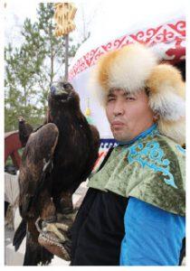 A Kazakh native holds his eagle at Zheruik, an ethno-village. (Photo: Ülle Baum)