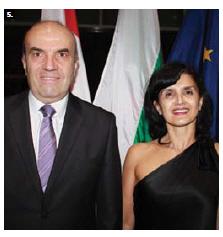 Bulgarian Ambassador Nikolay Milkov and his wife, Nevena Nikolaeva Mandadjieva, hosted a national day reception at Ottawa City Hall. (Photo: Ülle Baum)