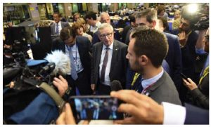 Jean-Claude Juncker, centre, president of the European Commission, speaks to the media after a meeting discussing the outcome of the Brexit referendum. (Photo: Europa)