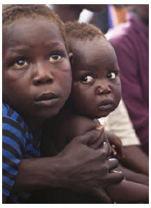 A full 61 per cent of the refugees living in Uganda are children. (Photo: UNPHOTO)