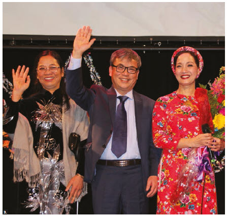 "To celebrate Vietnam's traditional New Year, called ""Tet,"" the Vietnamese embassy hosted an event at the Shenkman Arts Centre. Nguyen Anh Thu Tran, her husband, Ambassador Duc Hoa Nguyen, and Le Khanh, head of the artists from Youth Theatre of Vietnam, took part. Vietnamese community members from Ottawa, Montreal and Toronto attended. (Photo: Ülle Baum)"