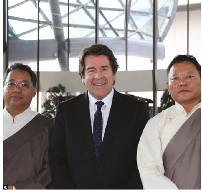 A delegation headed by Baimawangdui, deputy to the People's Congress of Tibet Autonomous Region, came to Ottawa. From left, Pubudunzhu, mayor of Shannan City; David Dyment, past president of the Canadian International Council's National Capital Branch; and Baimawangdui. (Tibetans go by one name only.) (Photo: Ulle Baum)