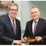 Estonian Ambassador Toomas Luuk paid a courtesy call on Mayor Jim Watson. (Photo: City of Ottawa)