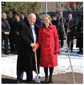 Gov. Gen. Julie Payette welcomed Israeli President Reuven Rivlin to Rideau Hall during his state visit. Shown, Rivlin and Payette at the tree-planting ceremony. (Photo: Ülle Baum)