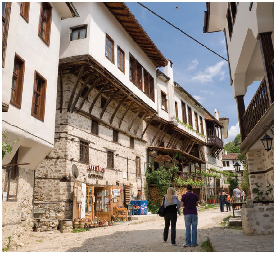 A total of 96 of Melnik's buildings are cultural monuments and its population is just 385 people.  (Photo: Ministry of Tourism Bulgaria)