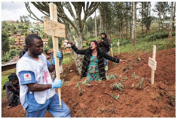 Infection from the Ebola virus can occur from touching the bodies of those who have died from the disease. Touching the body is part of traditional burial rituals in eastern DRC, but in many cases the rituals are being modified so families can say goodbye without becoming exposed to the virus. (Photo: UN Photo)