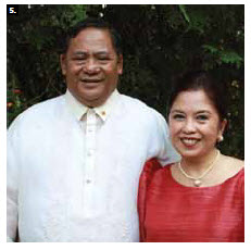To mark the 114th Anniversary of Philippine Independence, Ambassador Leslie B. Gatan and his wife, Lydia Debbie Gatan, hosted a reception at their residence in July. (Photo: Ulle Baum)