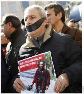 Journalists march in Istanbul in early 2011, demanding better protection for press freedom.
