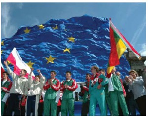 "In May 2004, the EU's annual ""open-door day"" coincided with celebrations for the 10-member enlargement. Hungarian marathon runners arrived in Brussels wearing the 10 flags of the new member states."