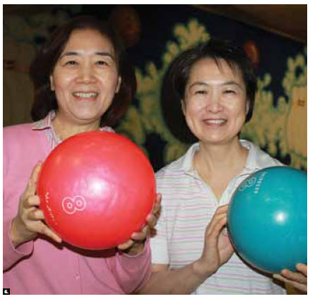 The Diplomatic Hospitality Group hosted a bowling event at McArthur Lanes. From left,  Huey Pyng Liu and Sherry Su, of Taiwan. (Photo: Ulle Baum)