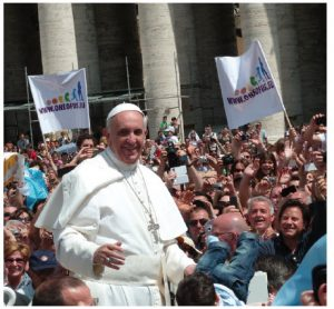 """In his second encyclical, the Pope charges that the Earth """"cries out to us because of the harm we have inflicted on her by our irresponsible use and abuse."""" (Photo: Edgar Jiménez)"""
