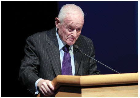 Hungarian immigrant Peter Munk, who founded Barrick Gold Corp., spoke at the Remembering through Music concert in Ottawa, saying he used to be embarrassed to be Hungarian.