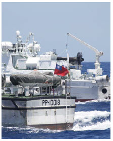 Taiwanese and Japanese coast guards patrol the troubled waters of the South China Sea. (Photo: Keelung Coast Guard)