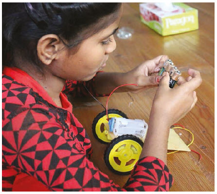 The MATCH International Women's Fund supports girl-run innovation labs in India, pictured here. (Photo: COMPLIMENTS OF THE MATCH FUND)