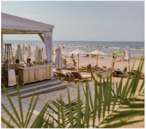 J¯urmala beach is one of the finest resort towns in Northern Europe and a favourite spa destination for tourists. (Photo: LATVIA.TRAVEL)