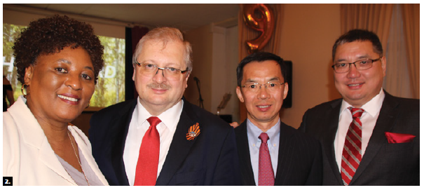 From left: South African High Commissioner Sibongiseni Yvonne Dlamini-Mntambo, Russian Ambassador Alexander Darchiev, then-Chinese Ambassador Lu Shaye and Mongolian Ambassador Ariunbold Yadmaa took part at the Victory Day celebrations at the Russian Embassy. (Photo: Ülle Baum)