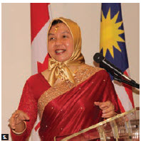 On the occasion of the Festival of Lights, Malaysian High Commissioner Dato' Nor' Aini Binti Abd Hamid and her husband, Hasdi Jusoff, hosted a lunch reception at the residence. (Photo: Ülle Baum)