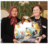 Malaysian High Commissioner Dato' Nor'Aini Abd Hamid presented donated food collected by her staff to the Bethany Hope Centre's Sandra Randall. (Photo: Ülle Baum)