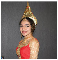 On the occasion of the 72nd national day of Sri Lanka, High Commissioner Madukande Asoka Kumara Girihagama and his wife, Sudarma, hosted a reception and cultural performance at the Sheraton Hotel. This dancer, in traditional costume, performed. (Photo: Ülle Baum)