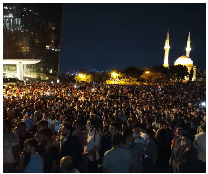 Pro-war demonstrations such as this one from July have been taking place in Azerbaijan. (Photo: Voice of America)