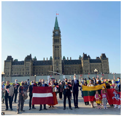 The 5th Balts Unity Day celebration on Parliament Hill was organized by three Baltic embassies and was well attended by communities of all three Baltic countries. (Photo: Ülle Baum)