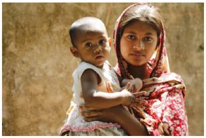 A mother and her child in Sirajganj District, Bangladesh. Even before COVID, one of every four children on the planet was suffering from stunting. (Photo: nutrition international)