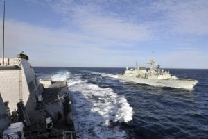 HMCS Winnipeg, shown here alongside the guided-missile destroyer USS Mustin, transited the Taiwan Strait in January of this year, to Beijing's outrage. (Photo: Mass Communication Specialist 2nd Class Bryan Reckard)