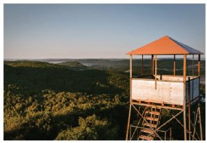 The 18-metre observation tower, with its view of a dozen lakes and surrounding forests, is a highlight of Mont Morissette Regional Park. (Photo: Miriam Baril-Tessier)